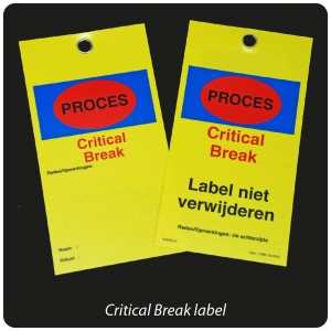 label-critical-break-geel